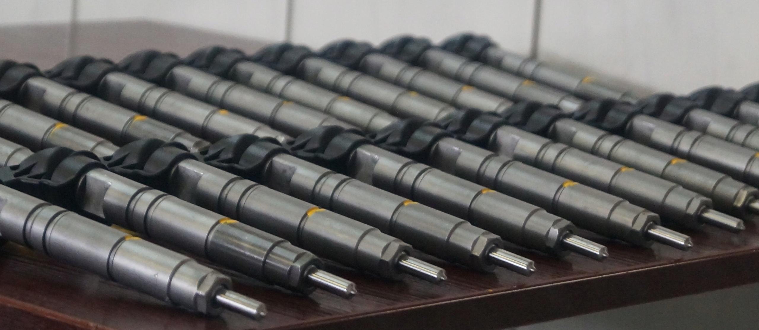Reparatii injectoare Mercedes 0445115033 - 0986435356 - 0445115069 - A6460701187. Reparatii injectoare Mercedes / Reconditionari injectoare Mercedes 2.2 CDI E4, injector Piezo Bosch, Pret 420 Ron + TVA / buc.